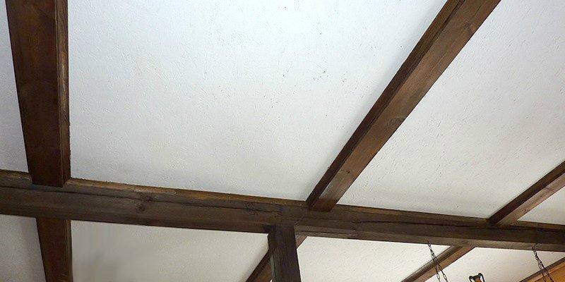 покраска осп потолка