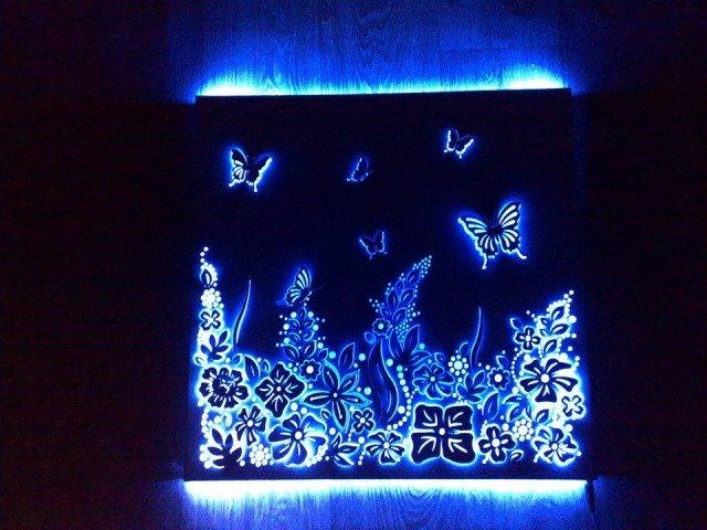 световой узор из светодиодных лент